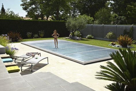Epingle Par Imli Sur Pool Idea En 2020 Abri Piscine Couverture De Piscine Epdm Toiture