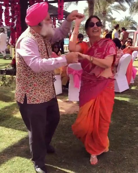 Gitana Singh shares the cutest video of her parents dancing to lambergini by the door been | #couplegoals when uncle and aunty dance to #punjabi song  in a pink #saree giving major #weddingideas for parents of the #bride | #indianwedding #weddingsongs #choreography #salsadancelessons #sardar ji #cutecouples #pinkwedding #coupledance #firstdance #sangeet #wittyvows