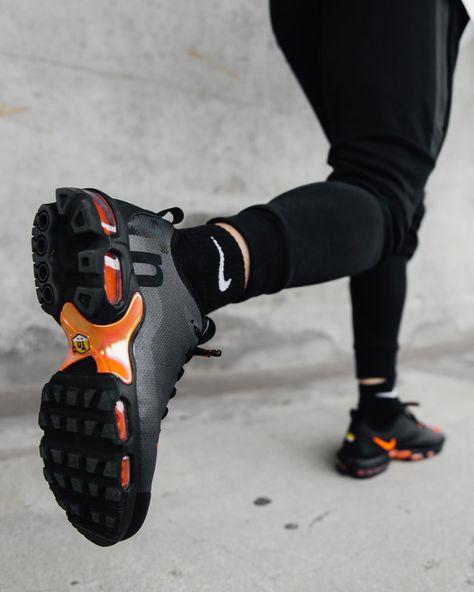 1cf5aa09943 Nike Mercurial TN
