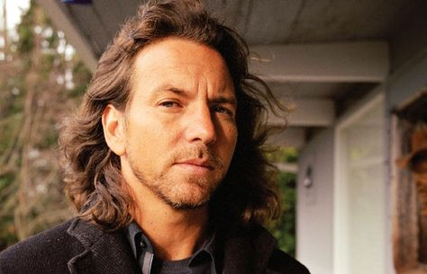 Eddie Vedder is so sexy.  Can't WAIT to see Pearl Jam on my birthday this year!