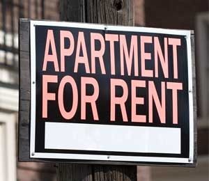 Renter S Insurance A Smart Choice For College Students Being A Landlord Rent Apartments For Rent