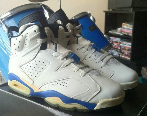 6c8b8272280c75 Youth Big Boys Air Jordan 6 Sport Blue 1991 OG White Black
