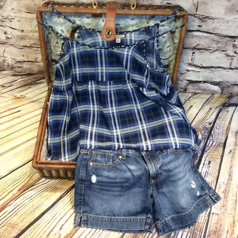 ❌FINAL PRICE❌Juniors Eyeshadow Sheer Babydoll Top Please ask for your size. This listing is for 1 tank. Juniors Tank Top Sheer Plaid Adjustable Spaghetti Straps Fabric Content: 100% Poleyster Washing Instructions: Care-Machine Wash , Line Dry. Condition -New With Tags. ‼️PLEASE DO NOT PURCHASE THIS LISTING. I WILL MAKE A NEW ONE WITH YOUR SIZE ‼️ PEACOAT BLUE and WHITE Eyeshadow Tops Tank Tops