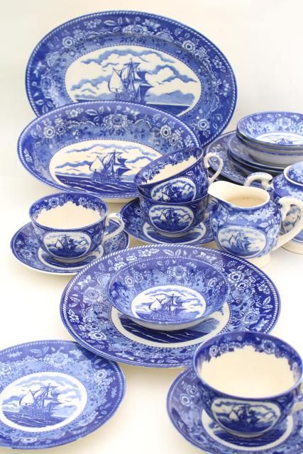 Tall Ships Blue White China Dinnerware Set 40s 50s Vintage Made In Occupied Japan Blue And White Dinnerware Blue And White China China Dinnerware Sets Blue and white dinnerware sets