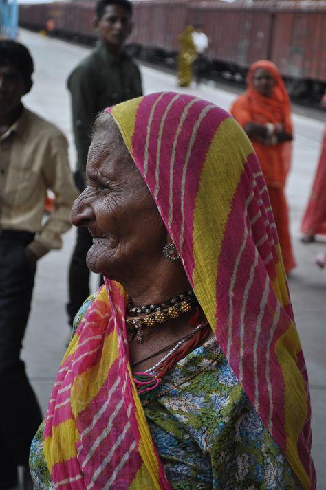 Indiase vrouw in Luni / Indian woman in Luni