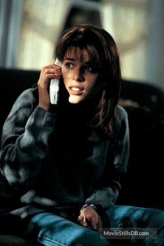 Scream - Publicity still of Neve Campbell
