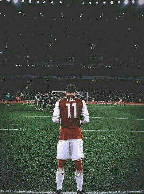 Ozil Football Player Iphone Wallpaper Iphone Wallpapers Football Wallpaper For Iphone Download New Footb In 2020 Football Wallpaper Arsenal Football Football Players