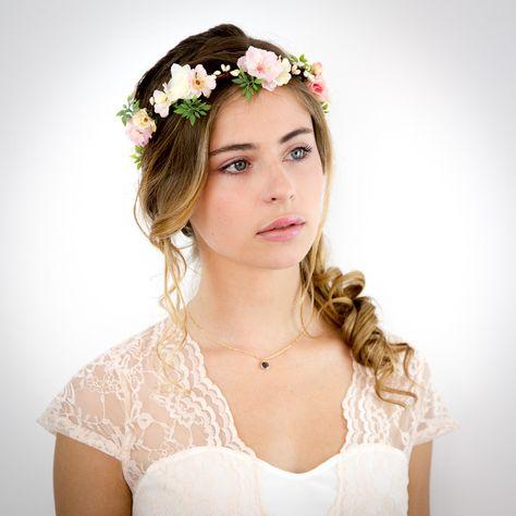 Couronne de fleurs pêche, rose et ivoire: Appoline - Accessoire cheveux Mariage : Accessoires coiffure par nuagecolore