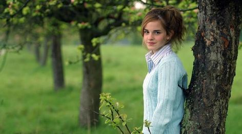 Emma Watson With Tree  Wallpaper, HD Celebrities 4K Wallpapers, Images, Photos and Background - Wallpapers Den