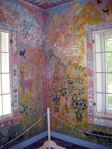 """want to do this to all my walls, rental be damned. Walter Anderson's """"Little Room"""". It is now part of the Walter Anderson Museum in Ocean Springs, Mississippi. Walter Anderson, Wall Murals, Wall Art, Deco Originale, Art Brut, Art Moderne, Outsider Art, Of Wallpaper, Wall Treatments"""
