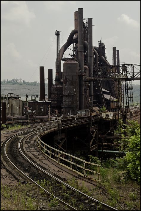 Abandoned But Loved Abandoned Buildings, Abandoned Places, Abandoned Factory, Steel Mill, Industrial Machine, Industrial Architecture, Old Factory, Industrial Photography, Industrial Revolution