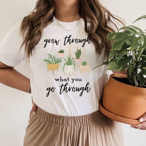 Grow Through What You Go Through Tee #hotmess #onlineshopping #whatiwear #dailymotherhood #wearingtoday #vacationstyle #mominspiration #teacherfashion #tiredmom #shopping