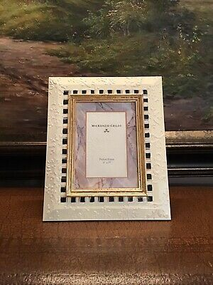 Mackenzie Childs Very Rare Courtly Stripe 3d Frame 9 X 11 Holds 5 X 7 Picture Fashion Home Garden Homedcor Frames Ebay In 2020 Mackenzie Childs Frame 3d Frames