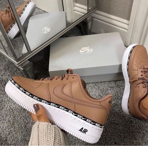 Pinterest: SueThoughts | Shoes w 2019 | Buty, Obuwie i Sneakers