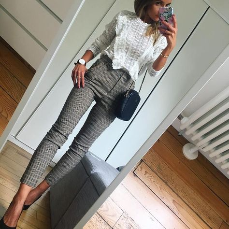 99 Latest Office & Work Outfits Ideas for Women Check latest office & work outfits ideas for women, office outfits women young professional business casual & office wear women work outfits business fashion classy.
