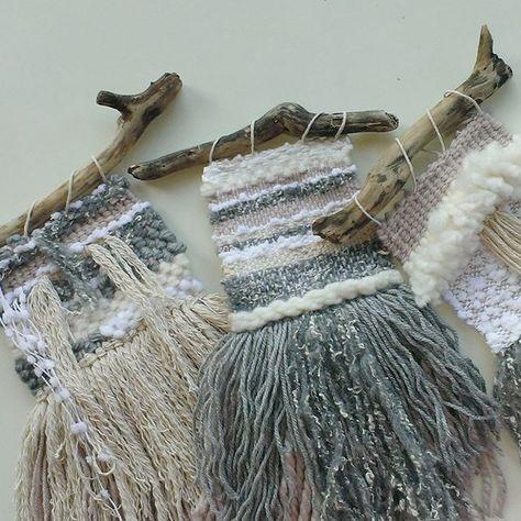 #wovenwallhanging #weaving #weave #yarnhanging #wool #white #grey #greydecor #wood #homedecor #roomdecor #naturaldecor #craft #handmade #interior #interiorideas #bohointerior #bohostyle #modernweaving #etsyfinds #etsyshop #shoponline #fiberart #wallart #smallwallart
