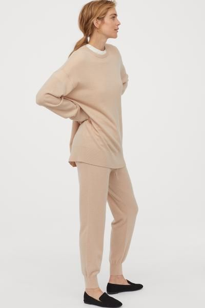 Oversized Cashmere Sweater Light beige Ladies | H&M US