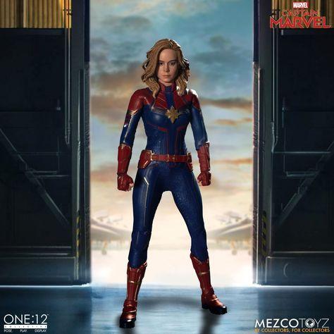 Mezco One:12 Collective Figure: Captain Marvel