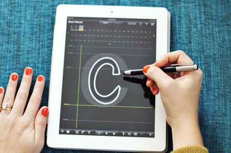 Making fonts with iFontMaker App