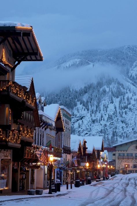 Travel Discover 15 American Towns That Look Straight Out of Europe House Beautifuls list of 15 American cities that look European, Pictured: Leavenworth, Washington Vacation Ideas, Vacation Spots, Solo Vacation, Family Vacation Destinations, Vacation Pictures, Oh The Places You'll Go, Places To Travel, Travel Destinations, Christmas Destinations
