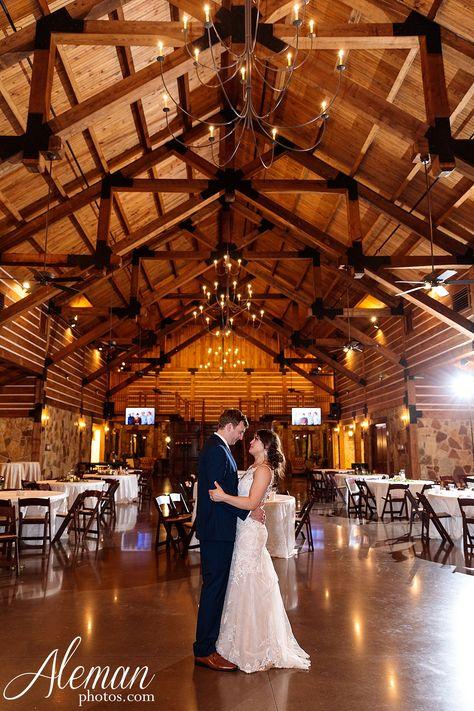 Lodge Wedding Venue In Denton Texas In 2020 Dallas Wedding Venues Lodge Wedding Dallas Wedding