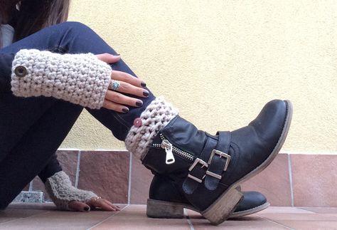 Guanti e boot cuffs fatti a mano all'uncinetto