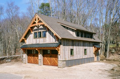 28 x 40 Carriage Barn, Tolland, CT: The Barn Yard & Great Country Garages Pole Barn Garage, Building A Pole Barn, Pole Barn Homes, Building A House, Timber Frame Garage, Garage Guest House, Carriage House Garage, Dream Garage, Garage Apartment Plans