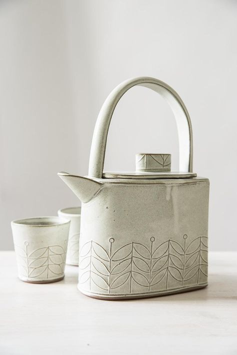 Items similar to White Large Ceramic Teapot Set, Handmade Stoneware Tea Cups Set, Teapot with Matching 2 Cups, Pottery Teapot with Lead, Mom Christmas Gift on Etsy White Large Ceramic Teapot Set Handmade Stoneware Tea Cups image 1 Pottery Teapots, Ceramic Teapots, Pottery Bowls, Ceramic Pottery, Pottery Wheel, Pottery Mugs, Teapot Centerpiece, Teapot Crafts, Old Tea Pots