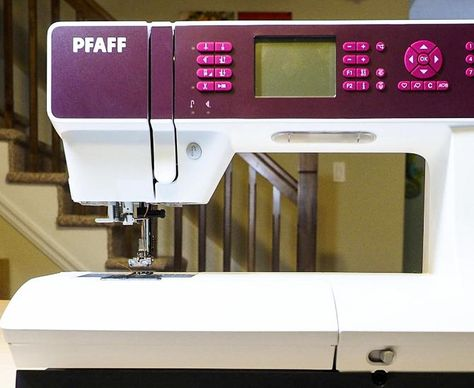 The Pfaff Quilt Expression 4 2 Out Of The Box Into The