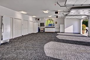 Traditional Garage With Flush Light Window Seat Specialty Door Arched Window Carpeted Garage Floor Concrete Floor Flush Lighting Carpet Design Zillow Digs