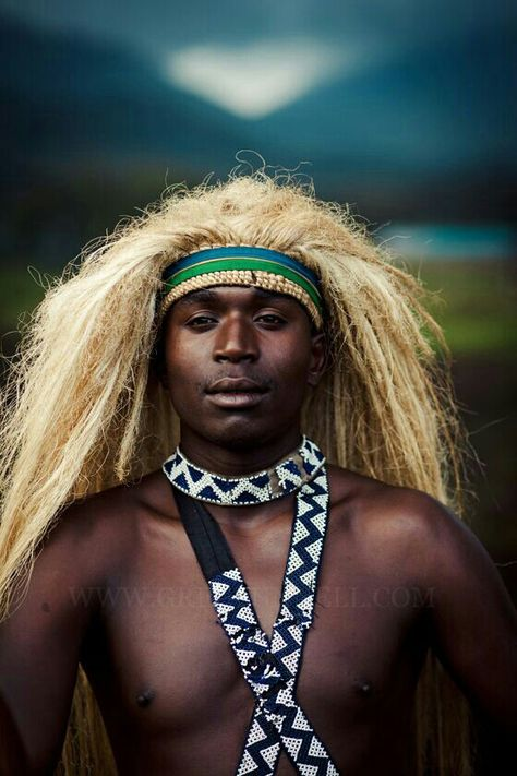 Afro-Asiatica: An Odyssey in Black: FULANI : LIBYAN