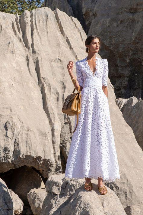 Elie Saab Spring, Fashion 2020, Fashion News, Fashion Show, Fashion Hacks, Paris Fashion, Mannequins, Beautiful Dresses, Ready To Wear