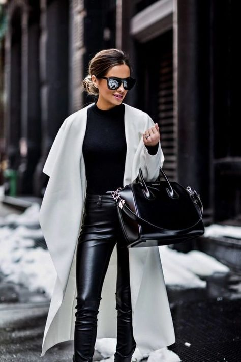 For Day 3 of New York Fashion Week, I kept it simple in black and white.