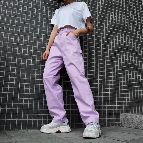 DESCRIPTION Straight Leg Lavender Cargo Pants cuz you'll neva be tied down! You're the ultimate baddie in these dope lavender color pants that have straight legs, five pockets, buttoned zip fly, a high waist fit and a side strap. Indie Outfits, Teen Fashion Outfits, Cute Casual Outfits, Grunge Outfits, Fashion Pants, Look Fashion, Girl Outfits, Big Shirt Outfits, Cute Pants Outfits