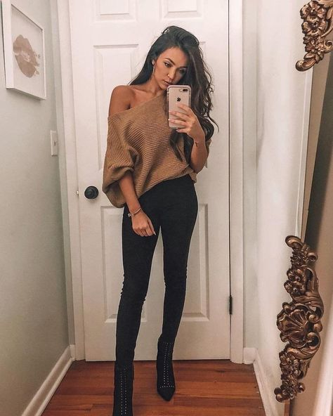 Night Out Outfit Winter Going Out . Night Out Outfit - Outfit Ideen Go Out Outfit Night, Girls Night Out Outfits, Winter Night Outfit, Casual Date Night Outfit, Night Out Outfit Clubwear, Concert Outfit Winter, Casual Bar Outfits, Date Outfits, Vegas Outfits