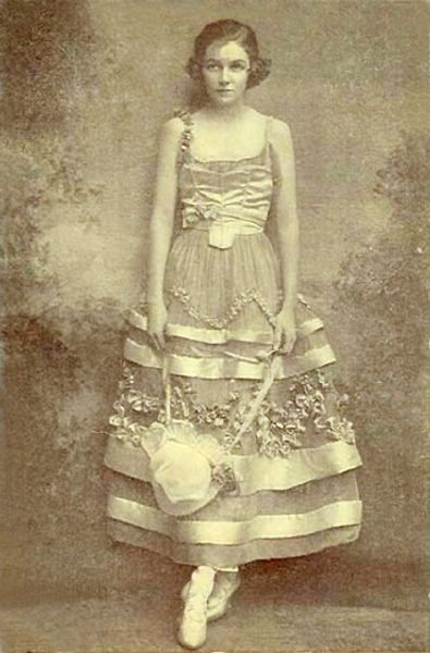 Irene Castle costumed by Lucile for Watch Your Step, 1914