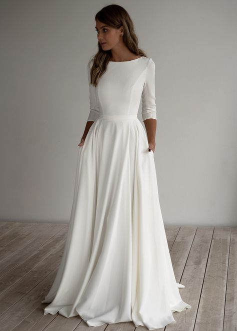 Romantic wedding dress adri minimalist dress long sleeves crepe dress romantic bridal chiffon dress elegant boat 15 simple and memorable makeup ideas you can rely on for parties ideas makeup memorable parties rely rusticweddingmakeup simple Top Wedding Dresses, Wedding Dress Chiffon, Wedding Dress Trends, Lace Dress, Crepe Dress, Gown Wedding, Wedding Ideas, Wedding Cakes, Wedding Decorations