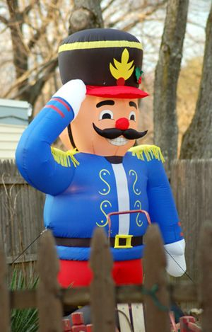 Pictures of Christmas Inflatables: Inflatable Nutcracker