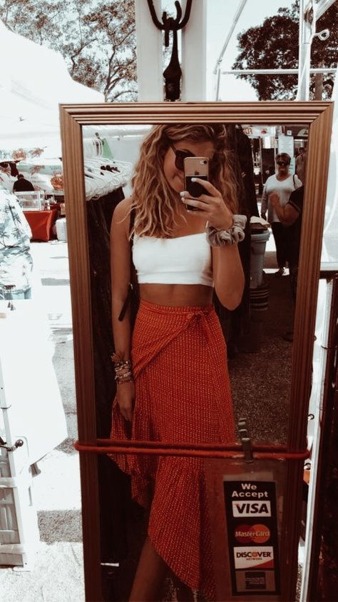 27 casual summer outfit ideas for women – the best feed Over 20 of the best summer outfits in trend – # check more at style.li … 23 Summer Fashion Outfits For Teens dresses Casual summer outfit ideas MUST have sneakers with a high … – …, … Mode Outfits, Fashion Outfits, Womens Fashion, Modest Fashion, Fashion Clothes, Vetement Fashion, Look Boho, Hippie Outfits, Look Fashion