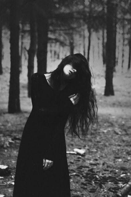 خلفيات موبايل اجمل خلفيات ابيض واسود Dark Photography Gothic Photography Witch Aesthetic
