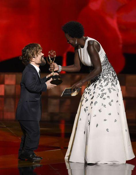 Chris Pizzello / Chris Pizzello/Invision/APMagali Lin @MagaliLin  #Emmy Awards : le sacre de #JonHamm, alias Don Draper dans « Mad Men » http://www.lemonde.fr/televisions-radio/article/2015/09/21/les-emmy-awards-sont-ouverts-jeffrey-tambor-sacre-meilleur-acteur-dans-transparent_4764998_1655027.html … v/@lemondefr
