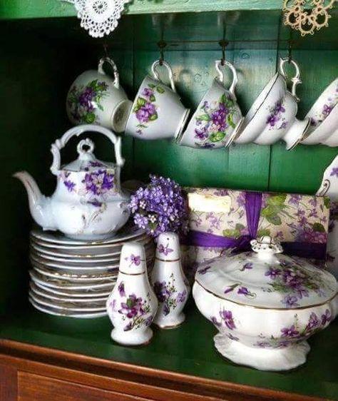 Tea Time - Ana Rosa                                                                                                                                                                                 More