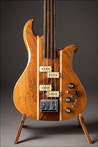 1980 B C Rich Eagle Fretless 5 Piece Bass Hawaiian Koa With Maple Stringers The Guitar Traders Reverb Bass Koa Rich