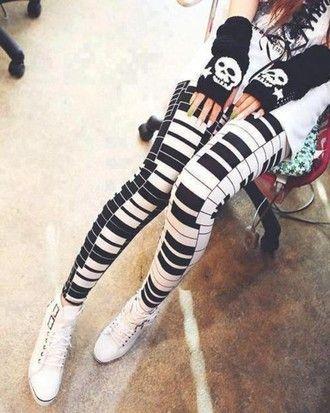 These Piano Leggings