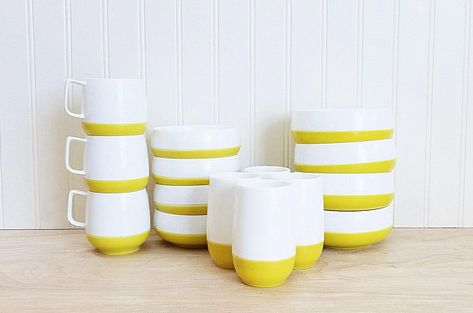 Vintage Thermoware Like Set Of Dishes Sunfrost Yellow And White