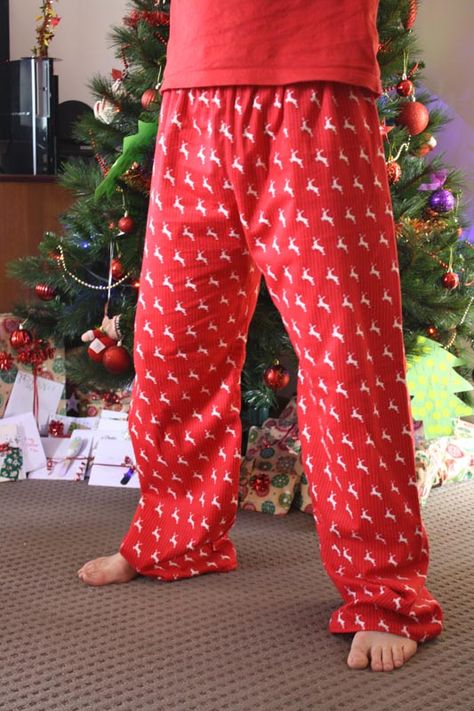 Men OR Women's Taylor Pajama Pant pattern from Create Kids Couture! Make with knit, cotton, flannel, fleece- anything that sounds comfy :)