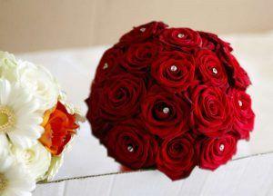 Bouquet Sposa Rosso.Bouquet Da Sposa Rosso 10 Immagini E Idee Per Scegliere Quello