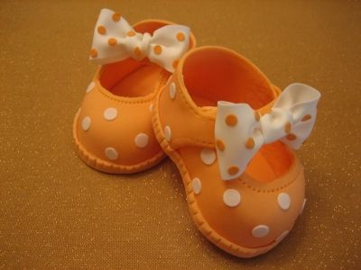 Shoes for a Girl By Ximenilla on CakeCentral.com