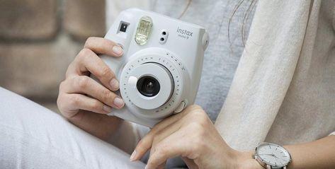853ca858d51c Vyhrajte s DETI.SK šikovný fotoaparát Instax Mini 9 Nový