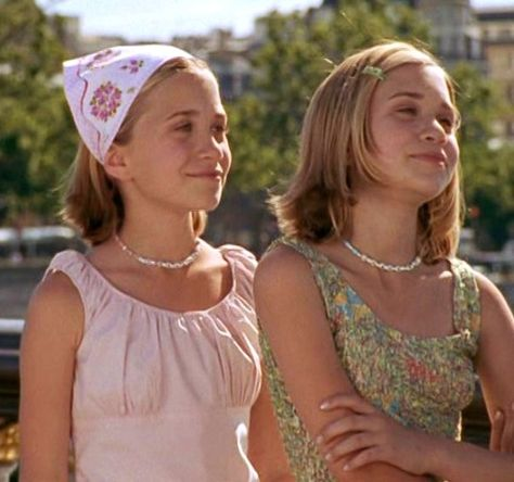 Summer Fashion Tips Best Springtime Movies with Cute Outfits - Passport to Paris.Summer Fashion Tips Best Springtime Movies with Cute Outfits - Passport to Paris Early 2000s Fashion, 90s Fashion, Fashion Tips, Fashion Trends, Fashion Outfits, Ashley Olsen, Kate Olsen, Olsen Twins Style, Olsen Twins Movies